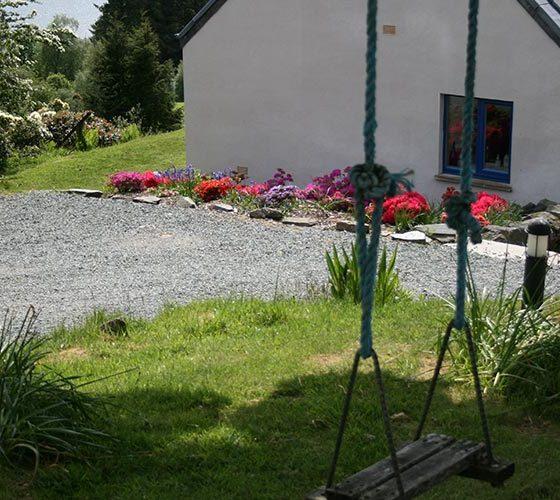 Swing next to the house - Lerigoligan